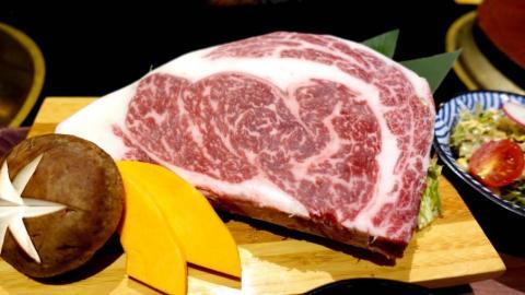 銅鑼灣的抵食巨型岩手縣和牛扒HK$280第二份仲要半價!