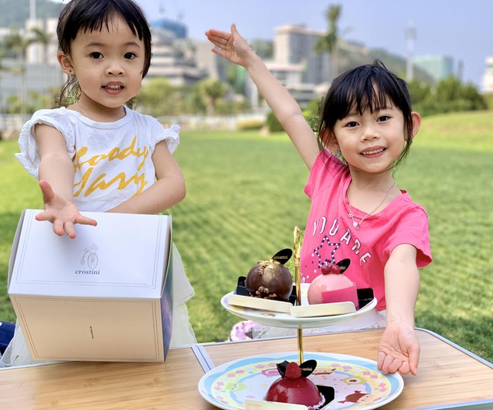 #風和日麗的下午茶🍰 #配番件蛋糕最chill🍃 #免費泊車大草原公園🅿️🆓🌱