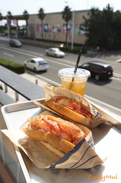 龍蝦包分兩個size,區別在於龍蝦的分量。