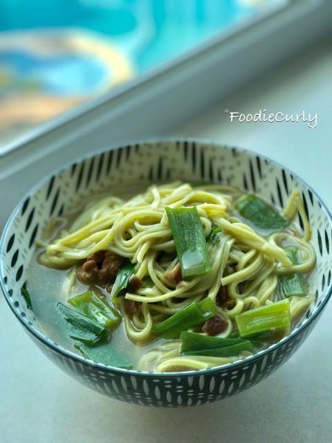 三星蔥肉燥麵,台灣的味道。