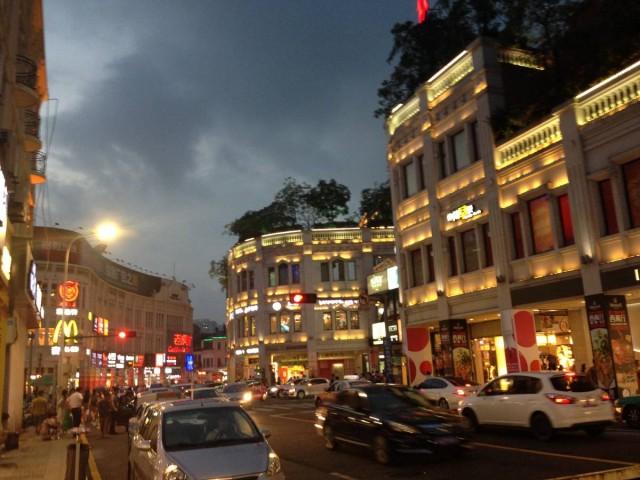 中山路一帶,盡是閩南式的建築。