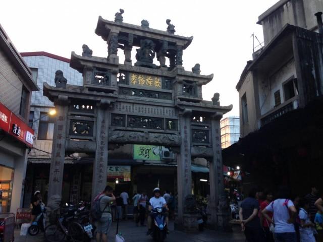 邱良功母節孝坊,是另一個金城地標,在清朝時建成,有過百年歷史了。