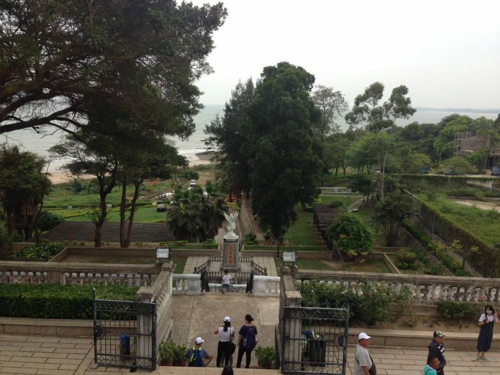 在露台看下去的景像,前方是金湯公園