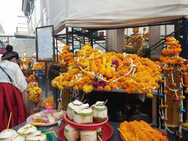 曼谷 地鐵 沿線 5天懶人包 中央世界購物商場 四面佛 Erawan Shrine