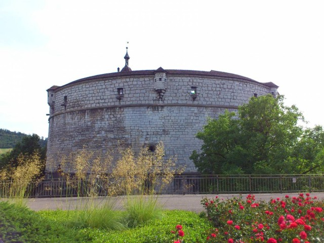 Fesung Munot米諾城堡