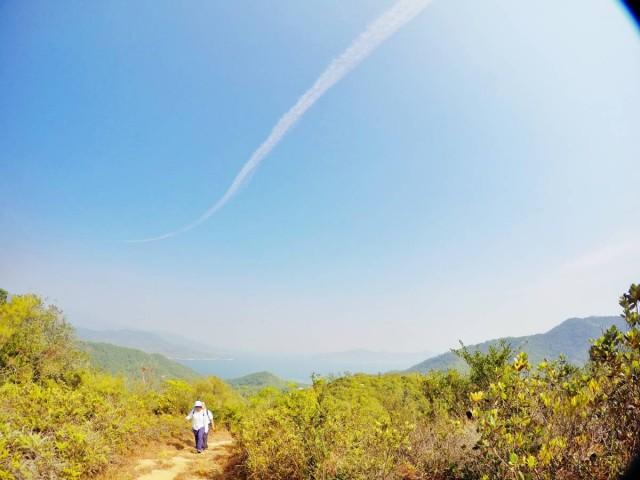 香港 郊外 大嶼山 貝澳 上山下海 風景 草地