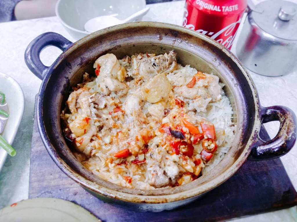 滋味毛家鮮雞煲仔飯($54)