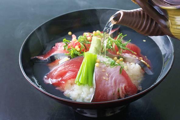 熏鰹魚茶泡飯