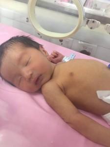 可憐的小暴龍被送到兒科病房, 現在看到還是心痛這小子這麼瘦